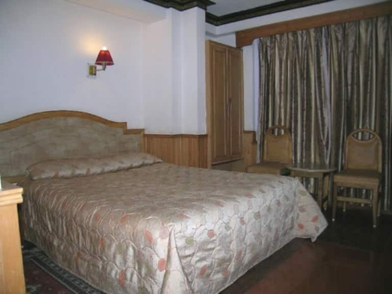 Hotel Golden Pagoda, M G Road, Hotel Golden Pagoda