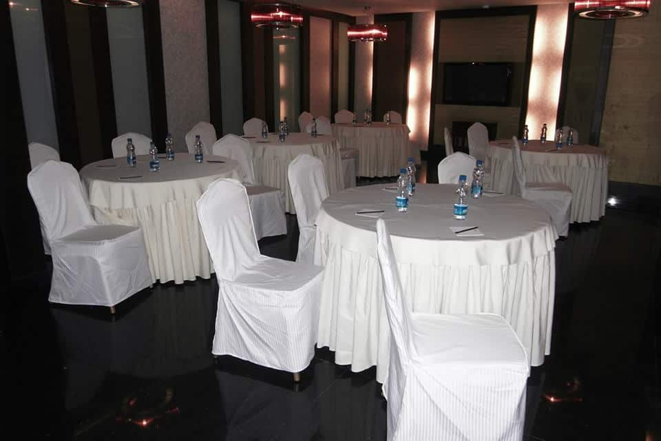 The Metroplace Hotels, Tharamani, The Metroplace Hotels