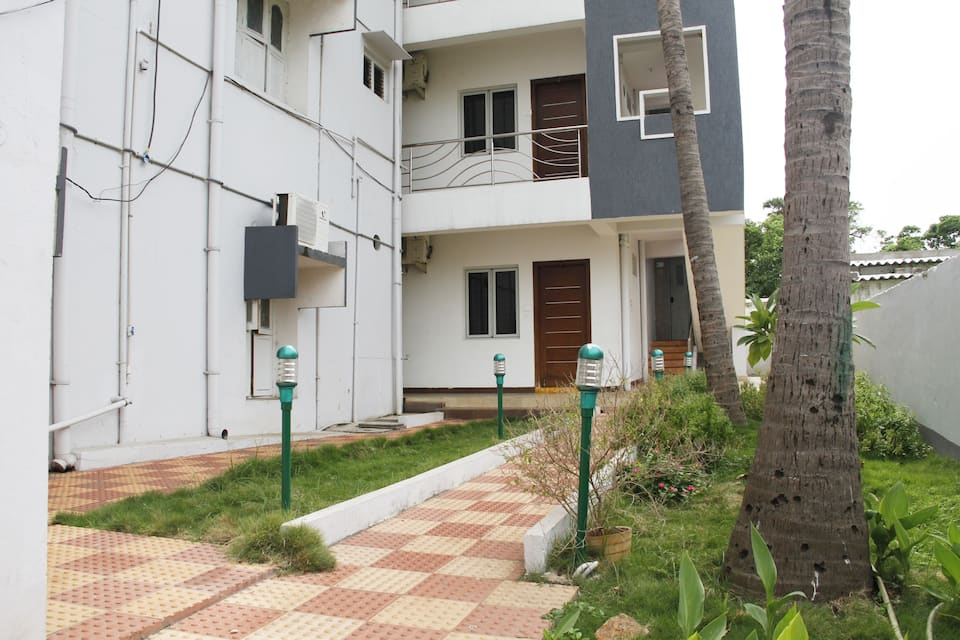 Manasa Homes, Uplands Waltair, TG Stays Uplands Waltair