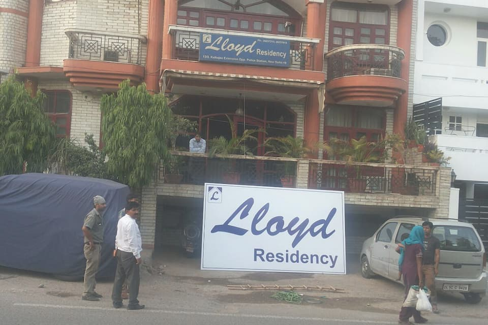 Lloyd House, Kalkaji, Lloyd House