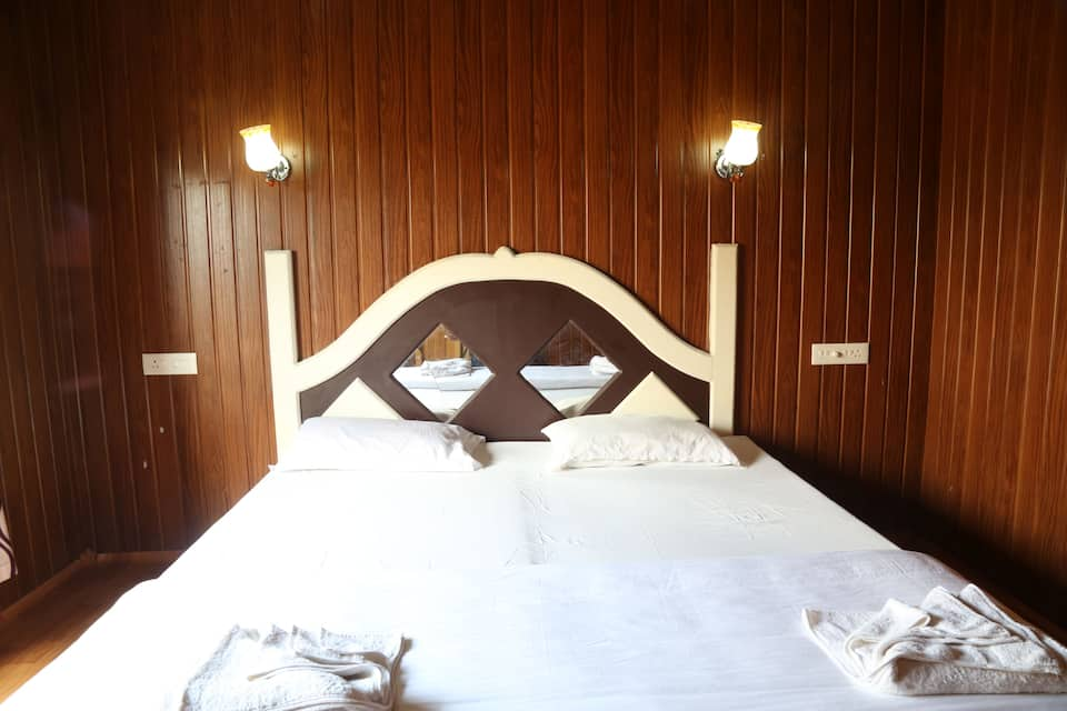 Alleppey Cryystal Holidays Houseboat, Finishing point, Alleppey Cryystal Holidays Houseboat