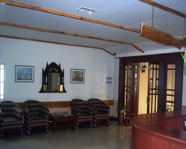 Hotel Travellers Inn, Gandhi Road, Hotel Travellers Inn