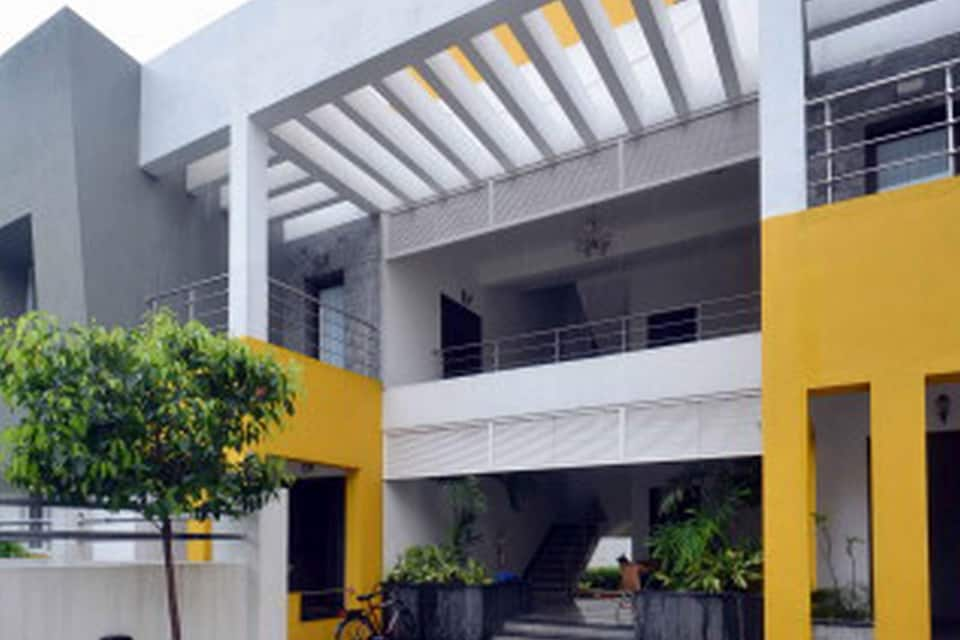 Alcove Service Apartment Villa in Saidapet