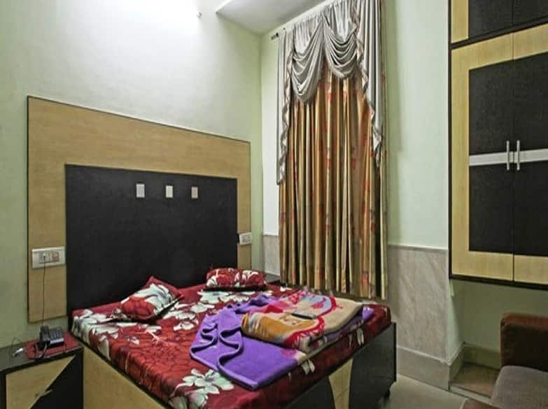 Hotel Pukhraj, Brown Road, Hotel Pukhraj