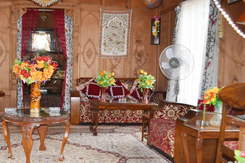 Jazz Houseboat, Dal Lake, Jazz Houseboat