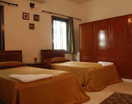 STAYMATRIX Service Apartment @ Neelangarai(697), Neelankarai, TG Stays Olive Beach