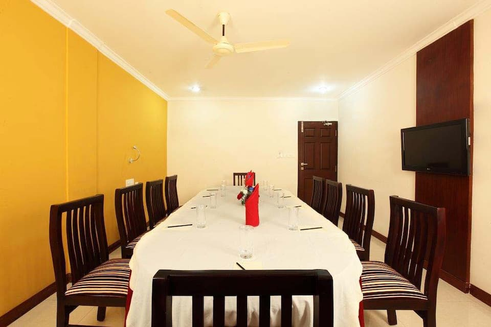 Pearl Palace, Chittoor Road, Pearl Palace