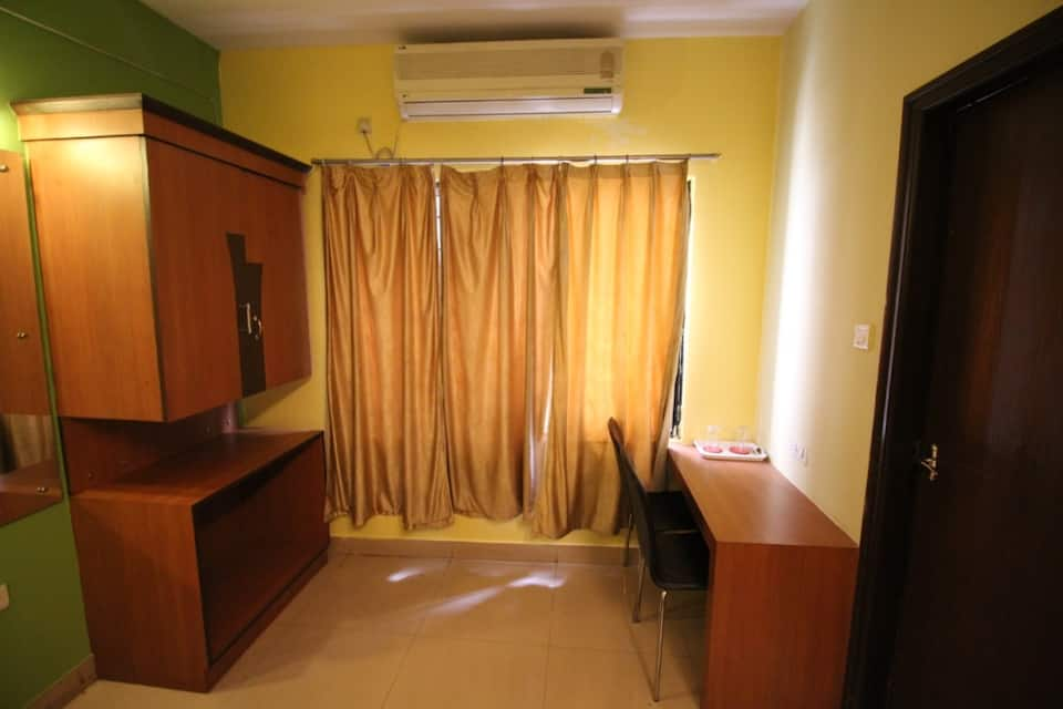 Shree Guru Residency, Basaveshwara Nagar, Shree Guru Residency