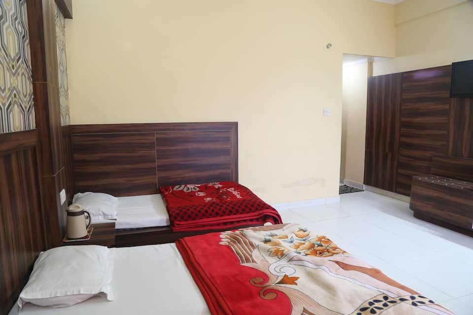 Hotel Jagdish Residency, Kashmir Road, Hotel Jagdish Residency