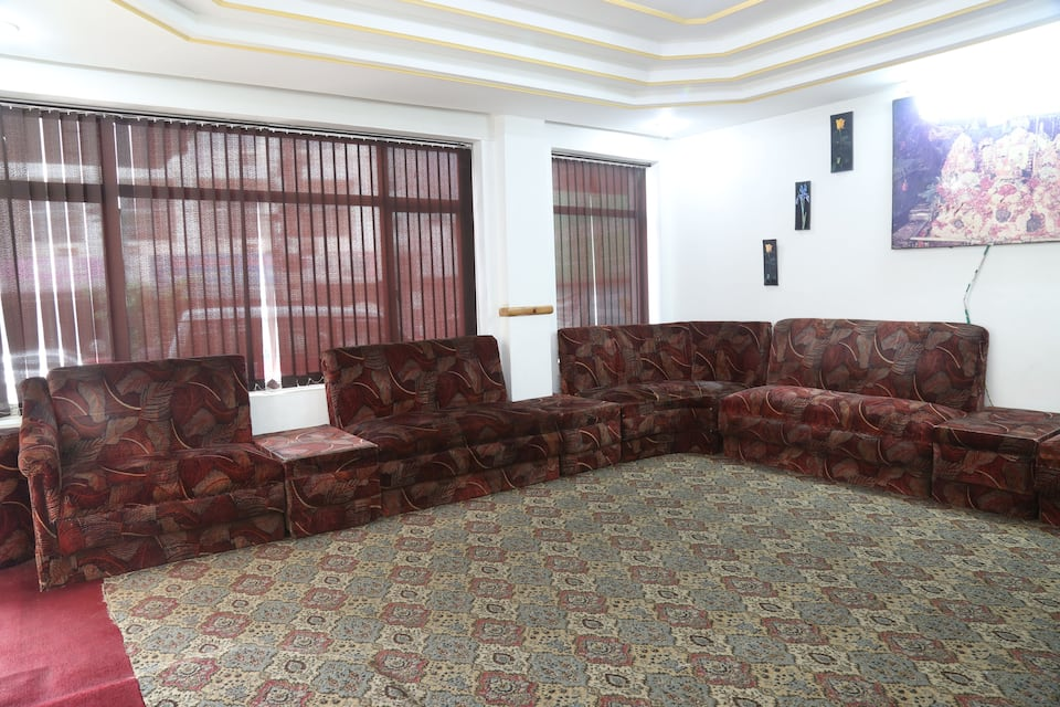 Hotel Malti By RoomsInc, Kashmir Road, Hotel Malti By RoomsInc