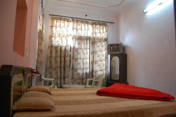 Sharma Guest House, Near Golden Temple, Sharma Guest House