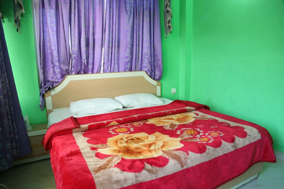Hotel Om Shree Palace, Railway Road, Hotel Om Shree Palace