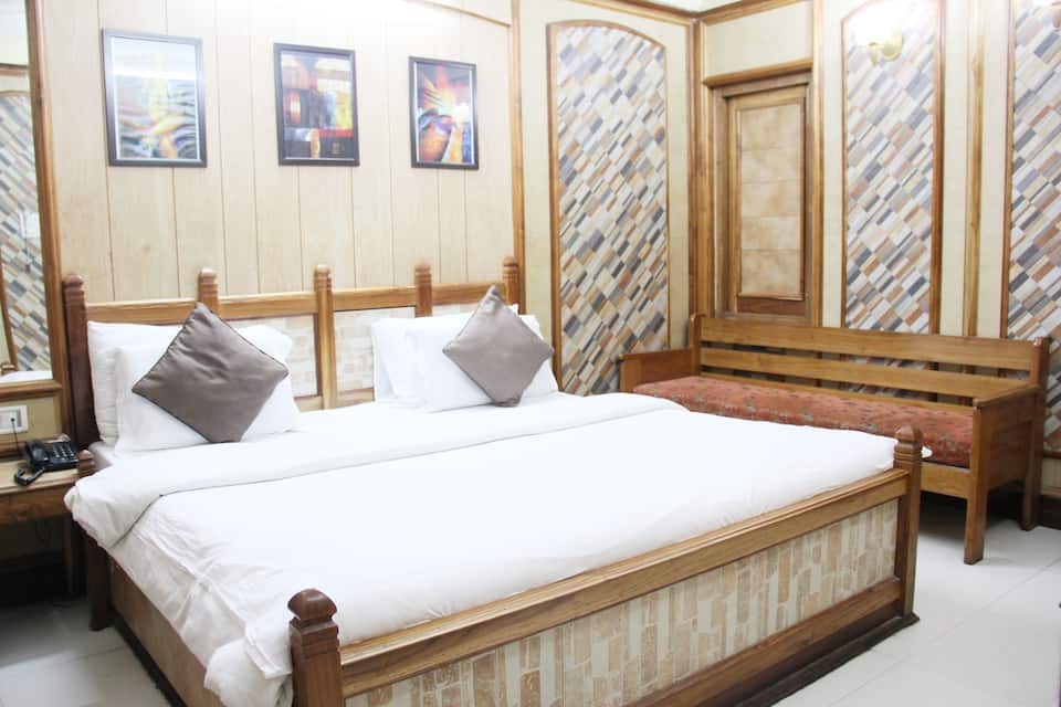 Hotel channi raja, Mall Road, Hotel channi raja