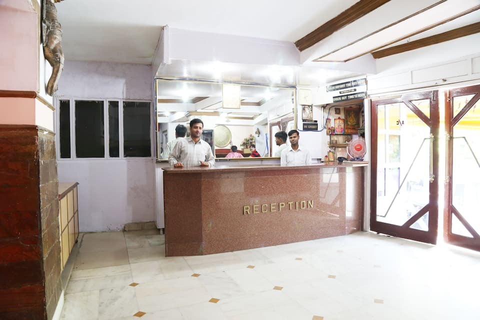 Hotel Jammu International, Gurudwara Sunder Singh Road, Hotel Jammu International