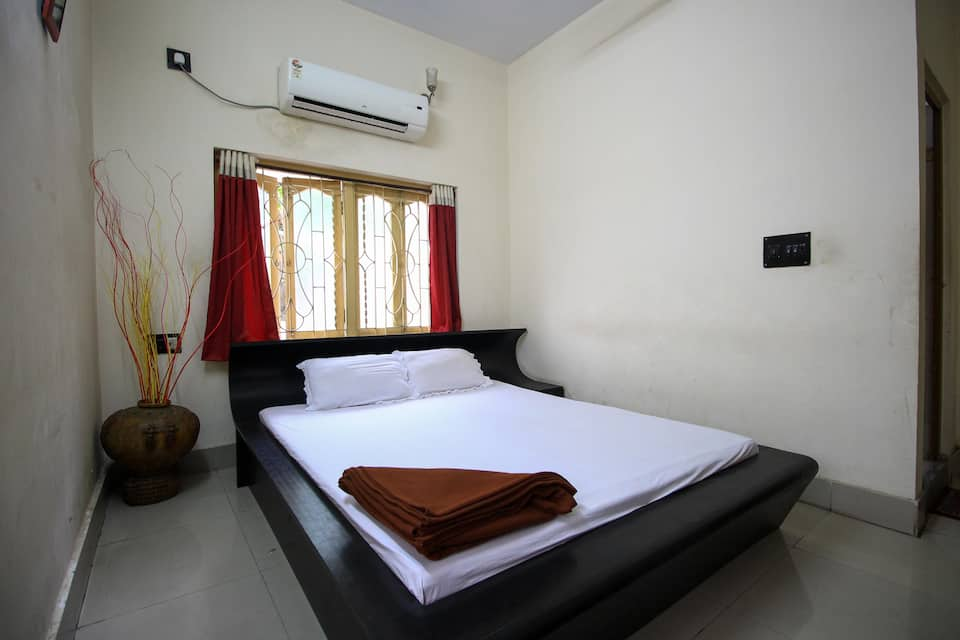 Siesta Guest House EC 139 Sector 1, Salt Lake City, TG Stays Opp City Center