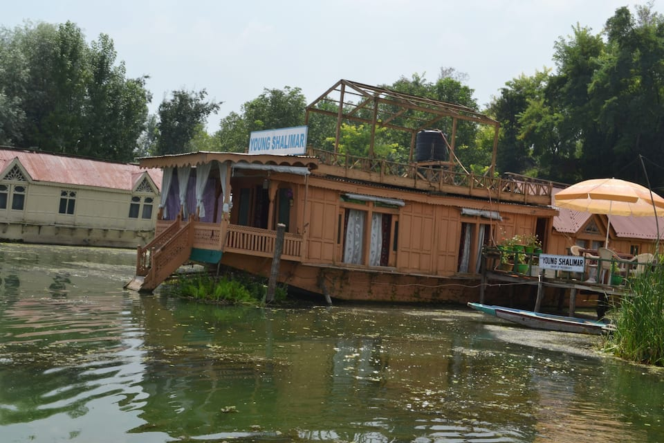 Young Shalimar Houseboat, Nagin Lake, Young Shalimar Houseboat