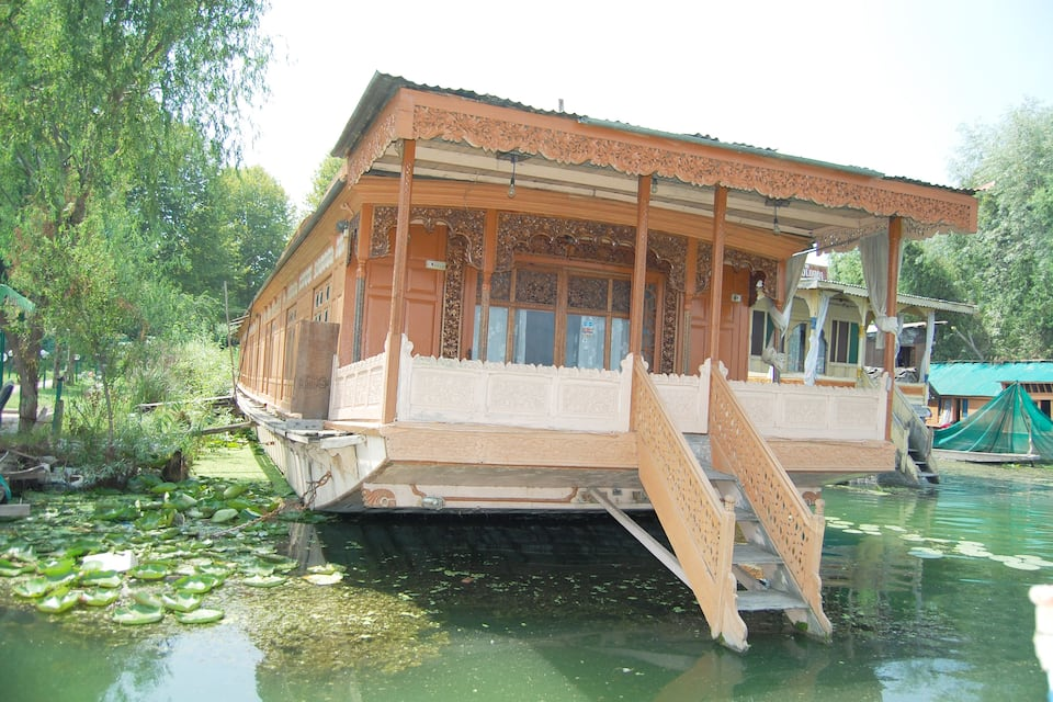 New Zenith Houseboat, Nagin Lake, New Zenith Houseboat