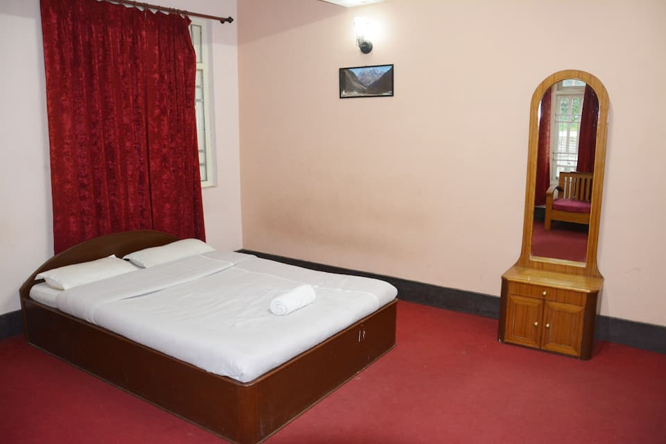 Hotel Little Wing, Upper Sichey Road, Hotel Little Wing