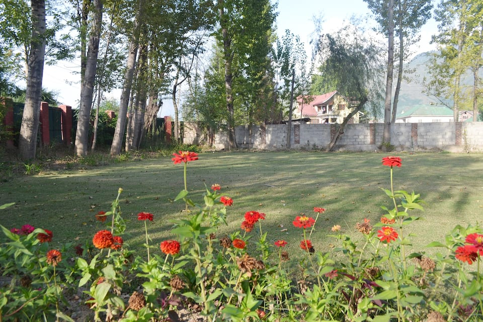 Colonel's Retreat, Shivpora, Colonel's Retreat