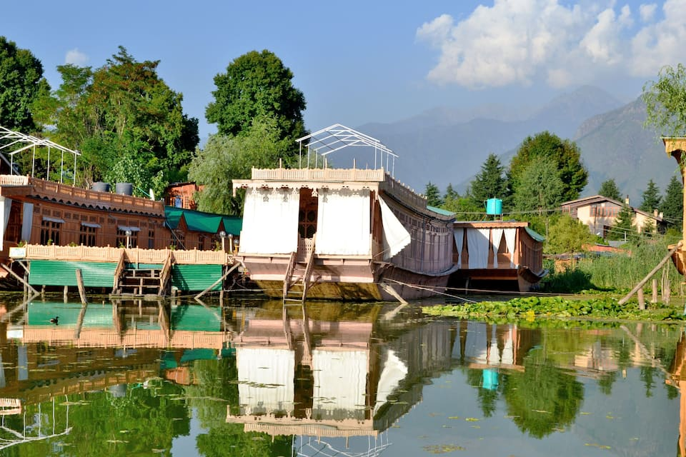 Astraea Houseboat, Nagin Lake, Astraea Houseboat