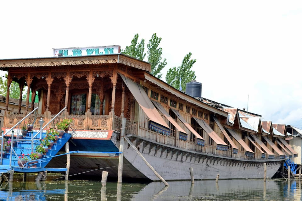 Fiji Houseboat, Dal Lake, Fiji Houseboat