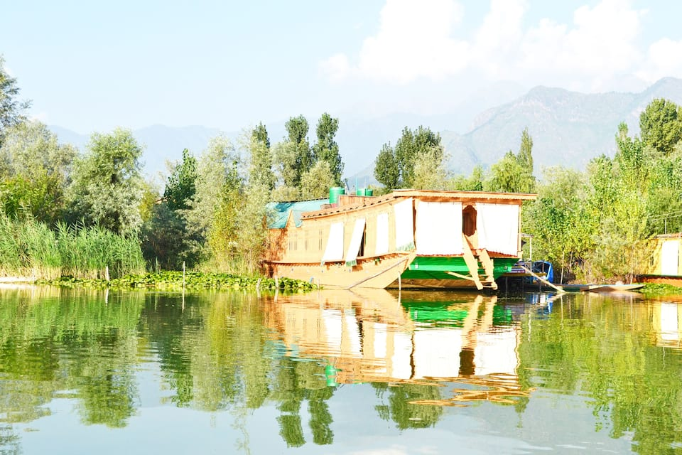 New Mavis Houseboat, Nagin Lake, New Mavis Houseboat