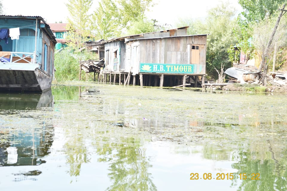 Timour Houseboat, Dal Lake, Timour Houseboat