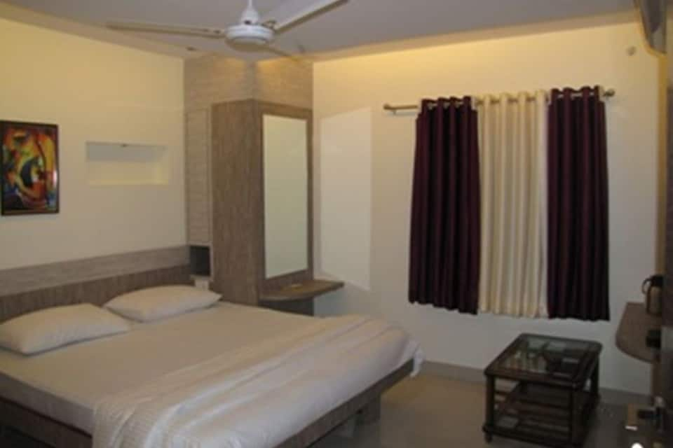 Airport Hotel Mayank Residency, Airport Zone, Airport Hotel Mayank Residency