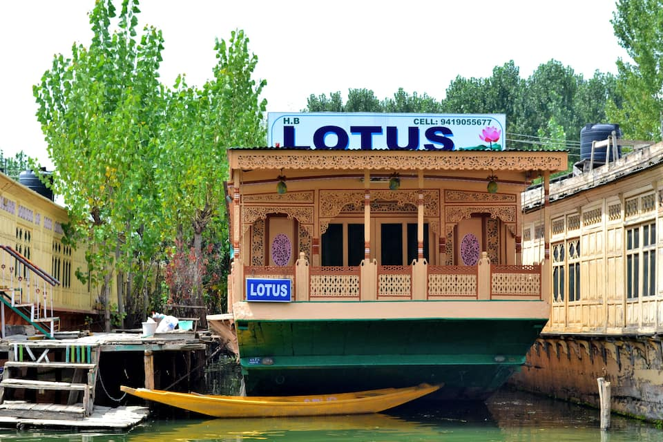 Lotus Houseboat, Dal Lake, Lotus Houseboat