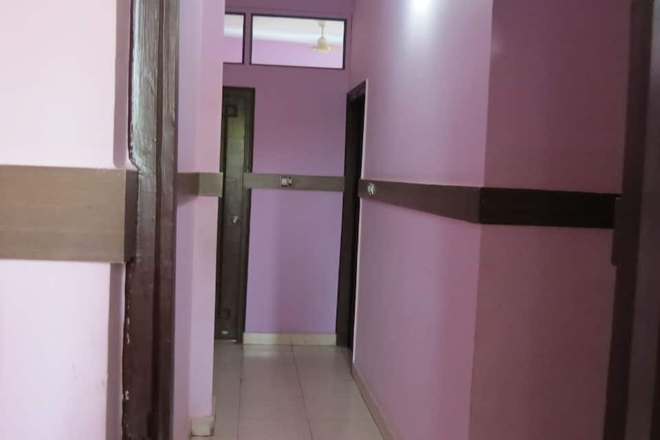 Hotel Lotus, MP Nagar Zone-1, Hotel Lotus