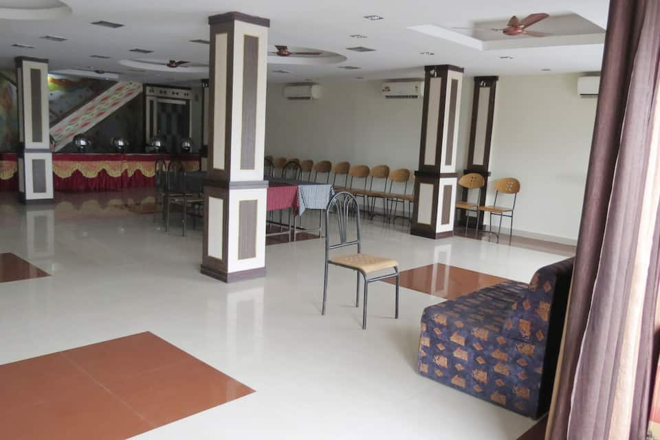 Hotel Royal Star, M P Nagar, Hotel Royal Star