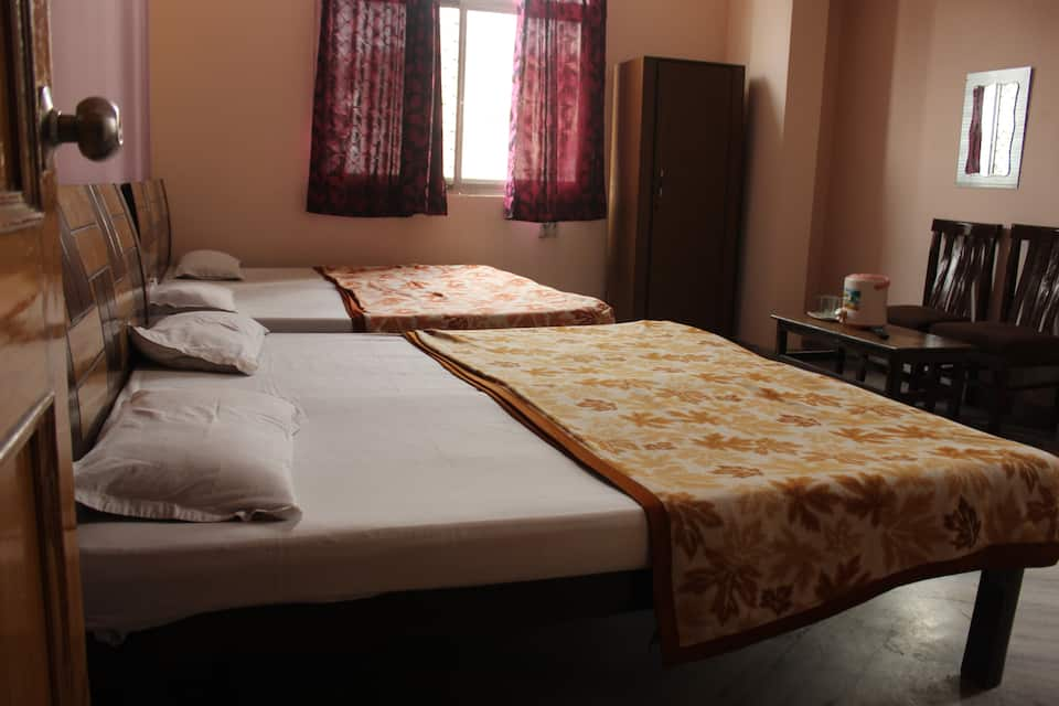Hotel King Plaza, Sharvan Nath Nagar, Hotel King Plaza