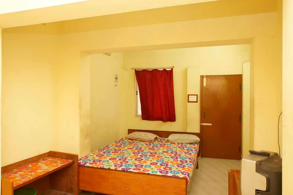 Baalaji Guest House, French colony, Baalaji Guest House