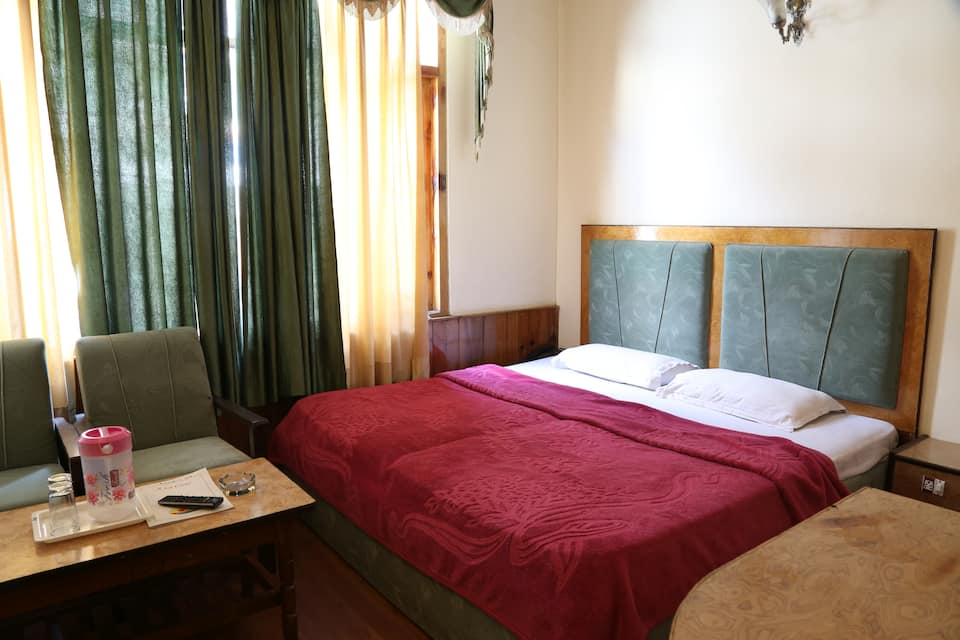 Hotel Evergreen, Aleo, Hotel Evergreen