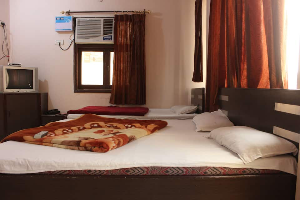 Hotel Silver Star, Near Golden Temple, Hotel Silver Star