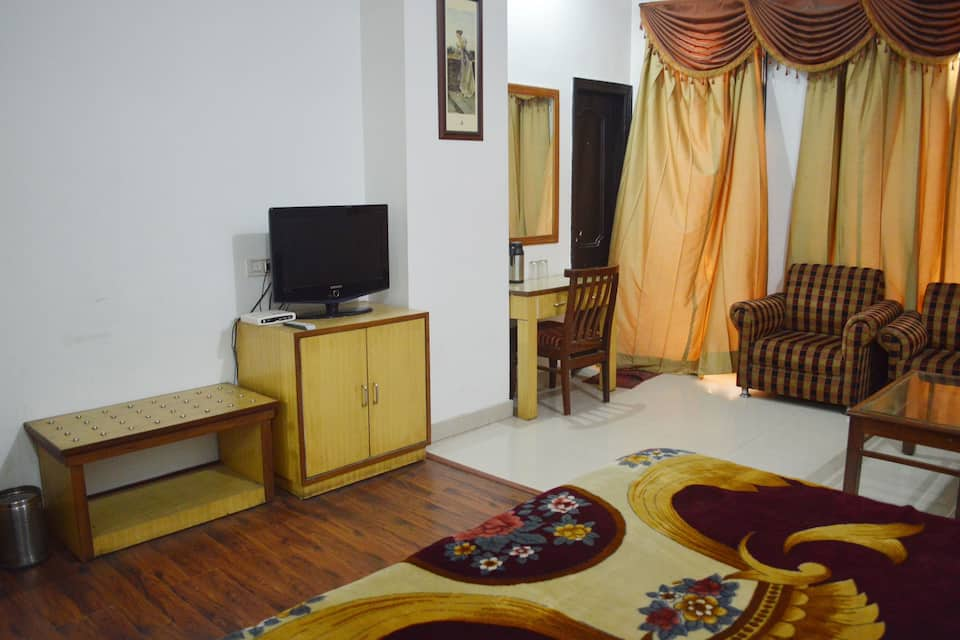 Hotel Kishore International, Batala Road, Hotel Kishore International