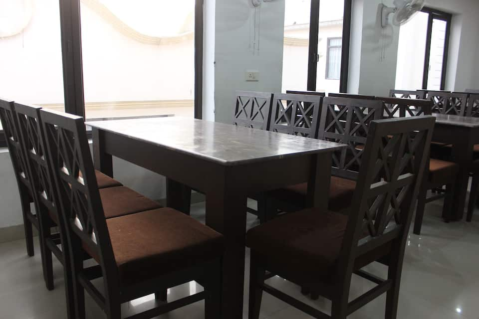 Hotel R V Regency, Near Golden Temple, Hotel R V Regency