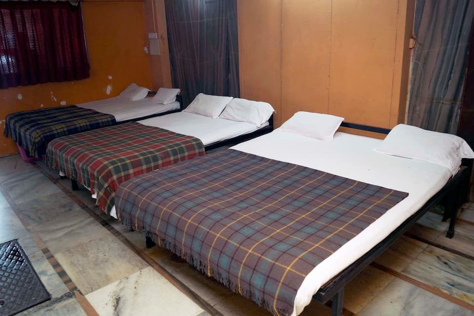 Shree Krishna Lodging, , Shree Krishna Lodging
