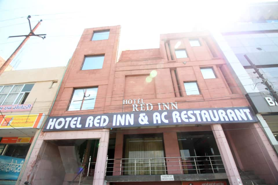 Hotel Red Inn, Sikandra, Hotel Red Inn