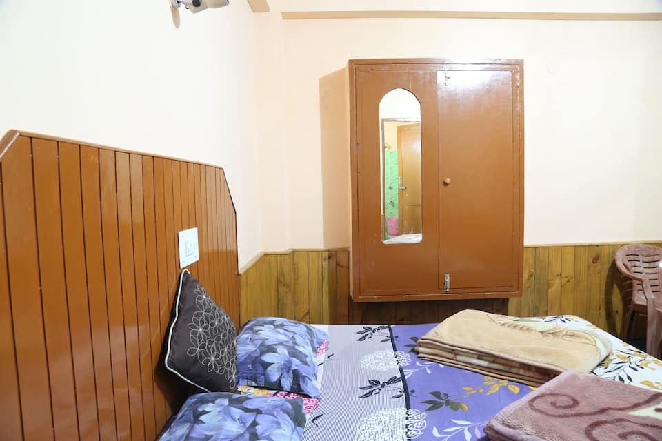 Mountain Dew Guest House, Old Manali, Mountain Dew Guest House