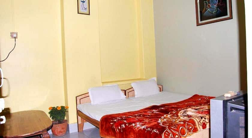 Shree Sai Kripa Guest House, Shivala Ghat, Shree Sai Kripa Guest House