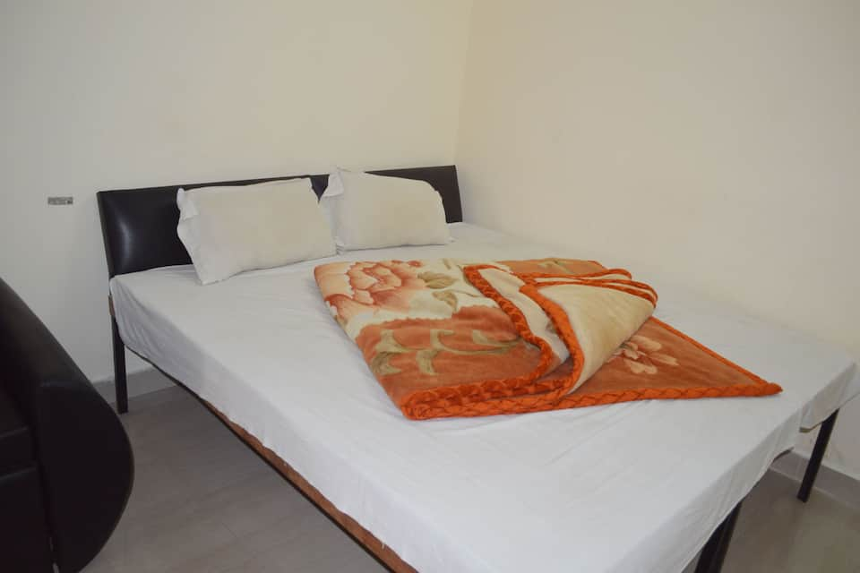 Fine Guest House, Saharanpur Road, Fine Guest House