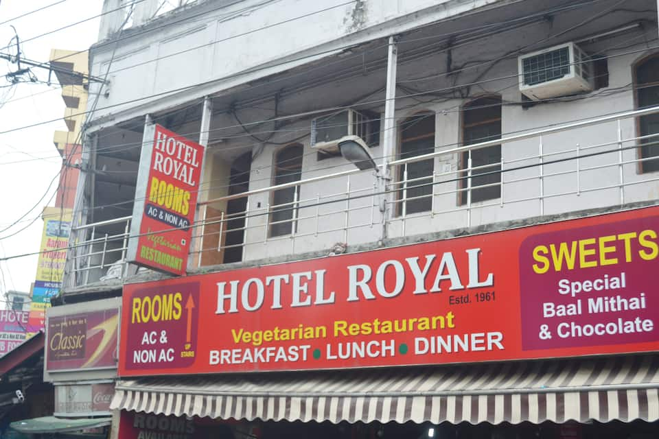 Hotel Royal, Gandhi Road, Hotel Royal