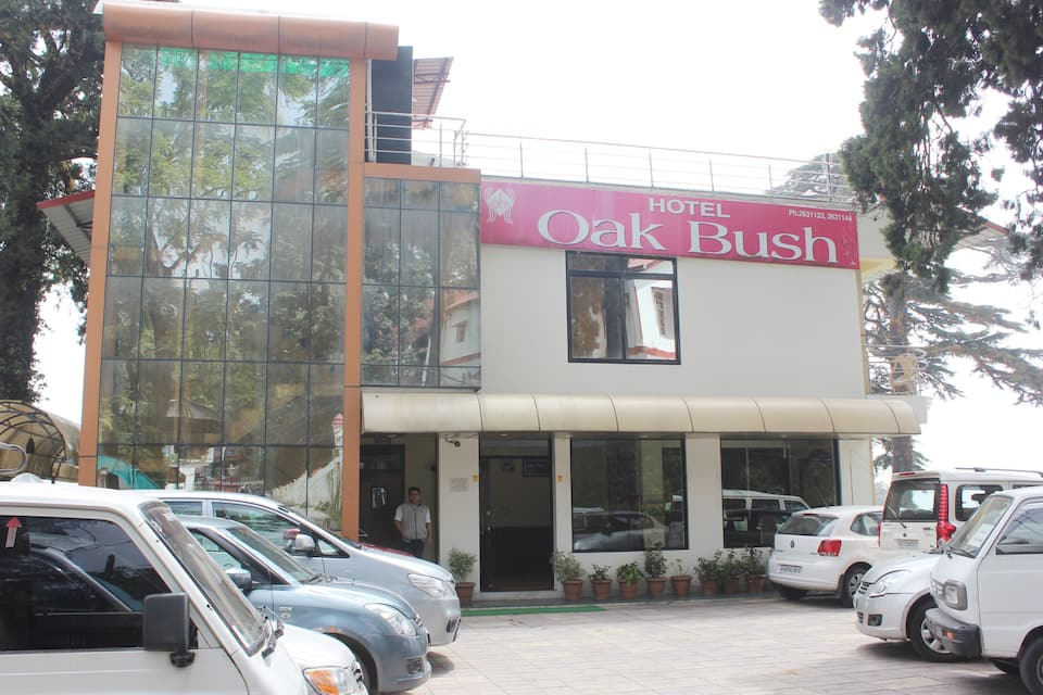 Hotel Oak Bush, Mall Road, Hotel Majestic Oak Bush