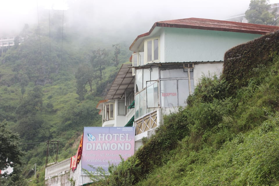 Hotel Diamond, Mall Road, Hotel Diamond
