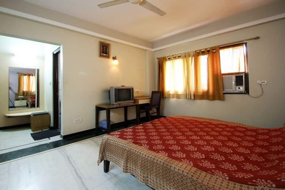 Hotel Shrinath Inn, Near Bus Stand, Hotel Shrinath Inn