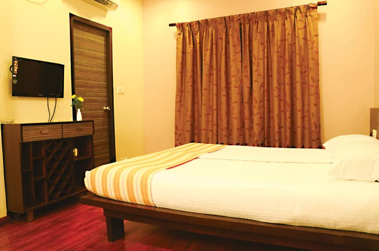Rainbow Hotels, Alwarpet, Rainbow Hotels