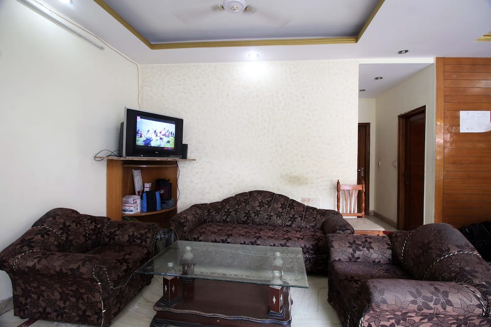 Hotel Pushpak Palace, , Hotel Pushpak Palace