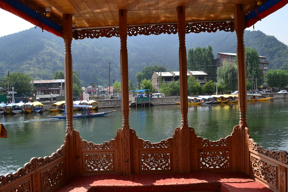 White House Houseboat, Dal Lake, White House Houseboat