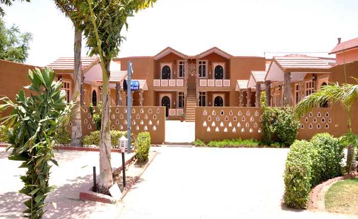 Hotel Apano Rajasthan And Holiday Resort, Chomu, Hotel Apano Rajasthan And Holiday Resort